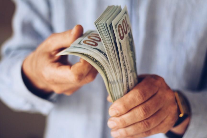 O crime de lavagem de dinheiro empresarial e como evitar