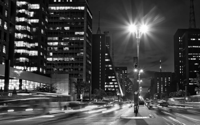 5-PB-side-view-avenida-paulista-night-traffic-time-lapse-sao-paulo-brazil-intersection-in-the-street-with-the-most-expensive-real-estate-in-south-america_eyol5kekl__F0000